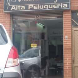 Mecha's Stilos Alta Peluqueria en Bogotá