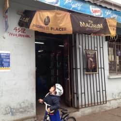 Almacén Donde la negra en Santiago