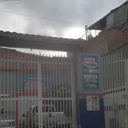 Autolavado Calle 8 con 68 C  en Bogotá