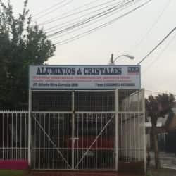 Aluminios y Cristales V.H.P en Santiago
