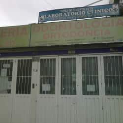 Laboratorio Clínico Transversal 94L Con 80 en Bogotá