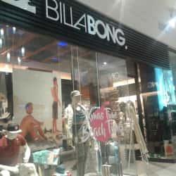 Billabong - Mall Plaza Tobalaba en Santiago
