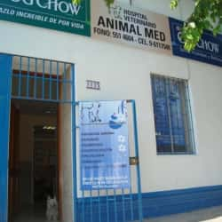 Hospital Veterinario Animal Med  en Santiago
