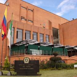 Cesne- Centro Social de Suboficiales y Nivel Ejecutivo de la Policía Nacional en Bogotá