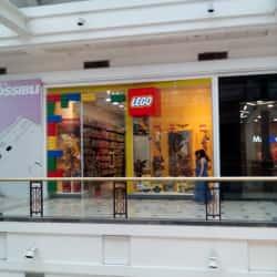 Brickstore - Mall Plaza Vespucio en Santiago