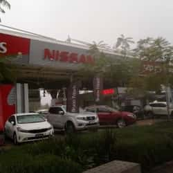 Nissan - Mall Plaza Tobalaba en Santiago