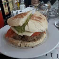 Restaurante Fuente Chilena en Santiago