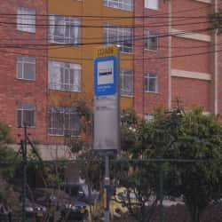 Paradero SITP Barrio Centro Nariño - 122A06 en Bogotá