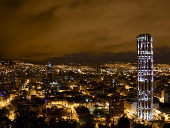 Subir mis lugares favoritos a CÍVICO me da 120 puntos en Bogotá