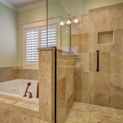 División de baño por solo $540.000