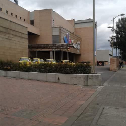 Centro Comercial Santafé en Bogotá 5