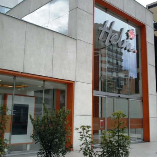 Helm Bank Calle 73 en Bogotá 2