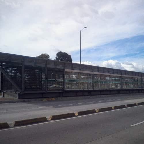 Estación Ciudad Jardín en Bogotá 6