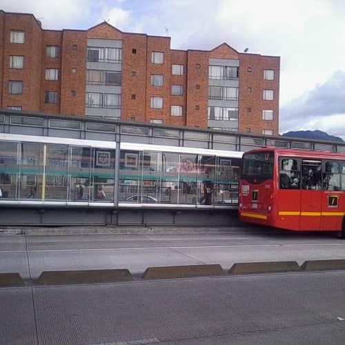 Estación Ciudad Jardín en Bogotá 1