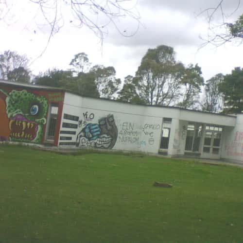 Edificio de Ciencia y Tecnología Universidad Nacional de Colombia  en Bogotá 5