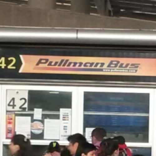 Pullman Bus - Terminal San Borja en Bogotá 3