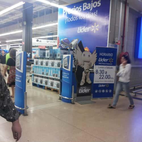 Supermercado Líder - Mall Plaza Vespucio en Bogotá 3