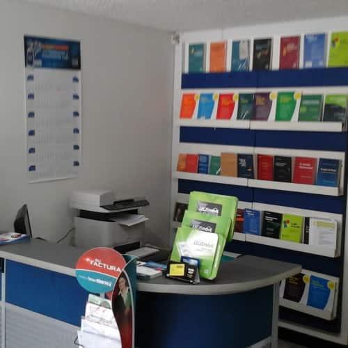Librería Legis Unicentro en Bogotá 2