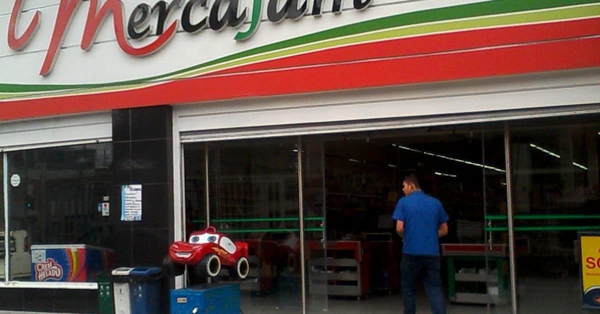 Cajero bancolombia supermercado mercafam fontib n for Cajeros santander cerca de mi