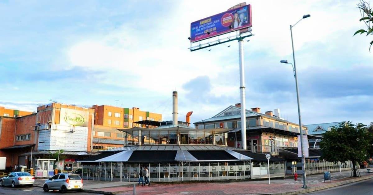 Centro comercial granada hills centros comerciales - Centro comercial serrallo granada ...