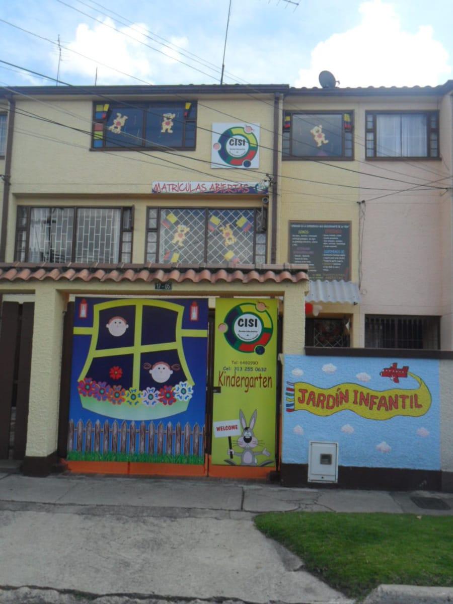 Jard n infantil cisi guarder as campanela suba bogot for Cascanueces jardin infantil bogota
