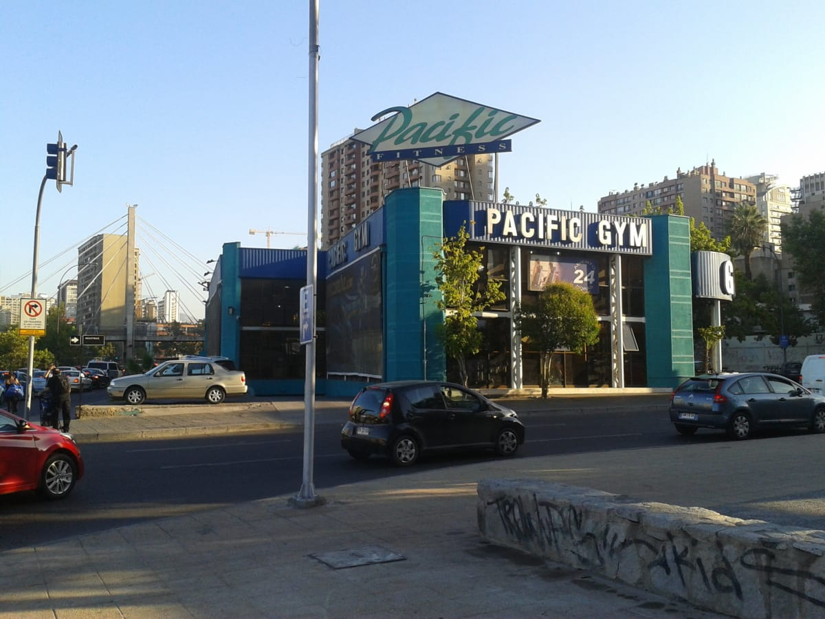 Pacific fitness agustinas en agustinas n 1611 for Gimnasio pacific