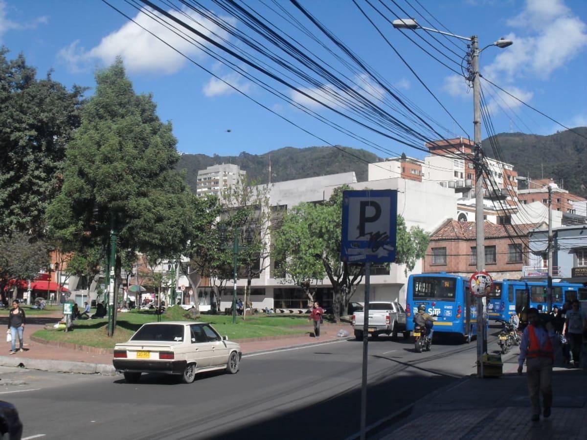 Barrio chapinero central parques chapinero norte for Barrio ciudad jardin norte bogota