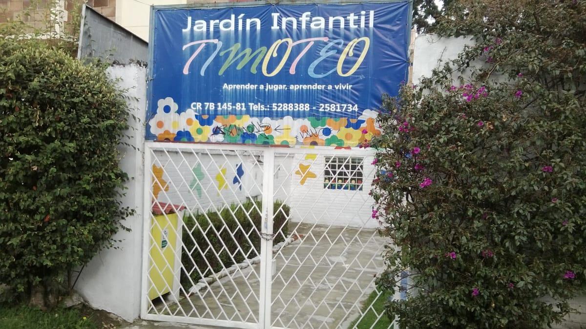 Jard n infantil timoteo jardines escolares los cedros for Cascanueces jardin infantil bogota