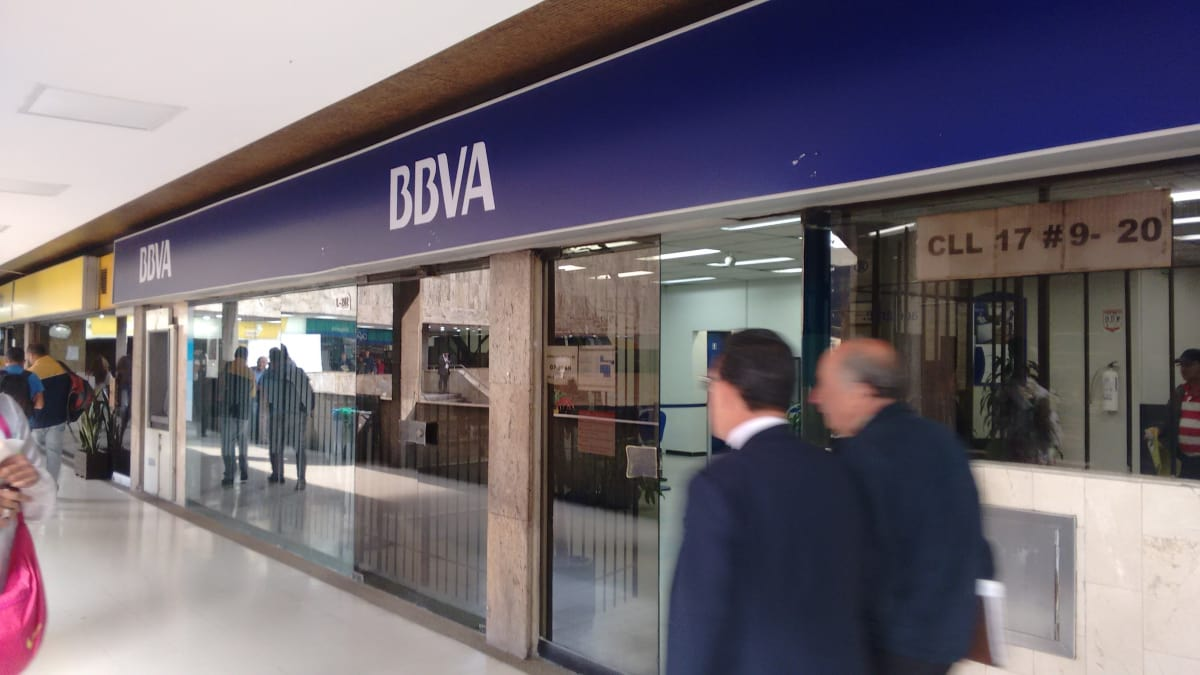 Banco bbva colseguros bancos la veracruz santa fe for Pisos de bancos bbva