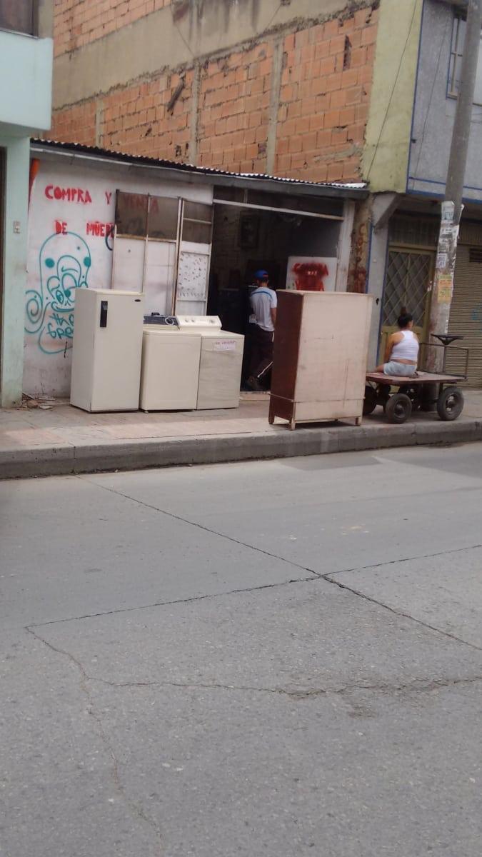 Compra Y Venta De Muebles Muebler A San Pedro Suba Bogot  # Muebles Suba Bogota