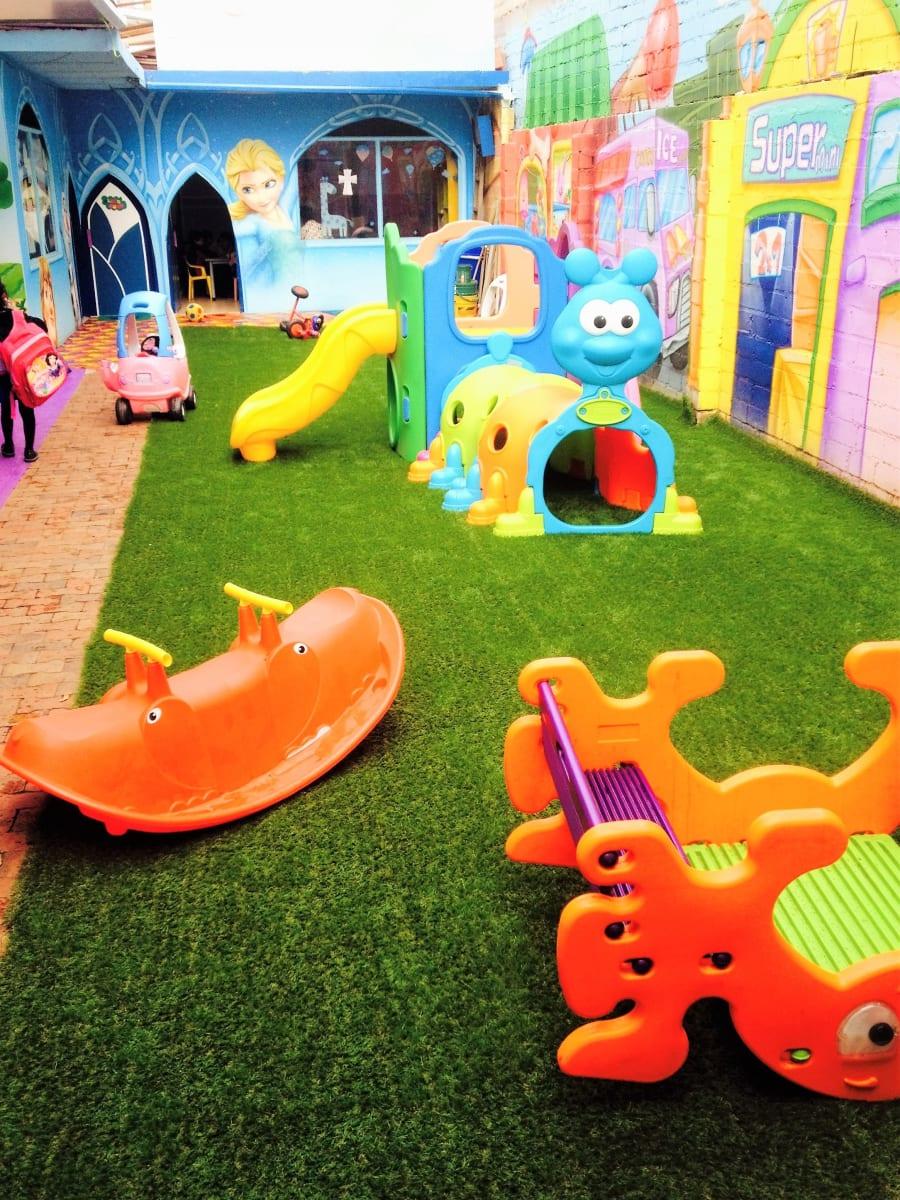 Jardin infantil chetitos kids jardines escolares santa for Jardin infantil