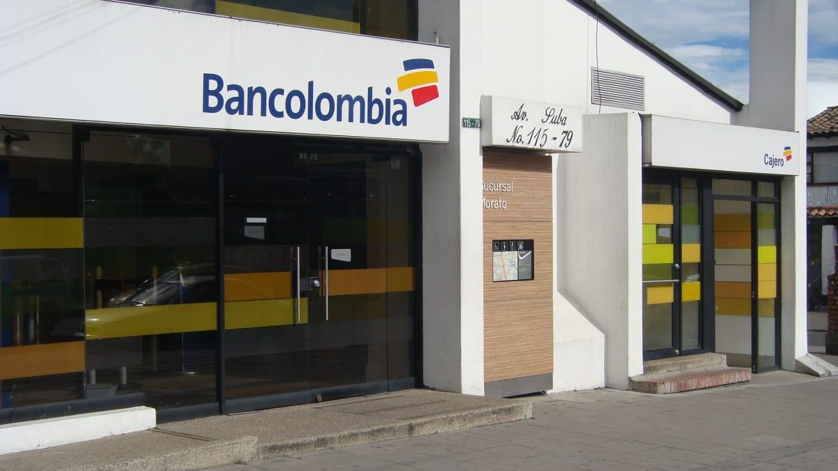 Bancolombia avenida suba calle 115 bancos morato for Oficinas bancolombia cali