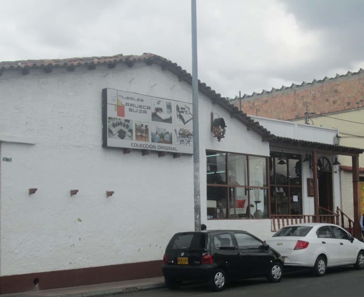 Muebles La Rueca Suiza Ornamentaci N Decoraci N Suba Urbano  # Muebles Suizos Bogota Suba