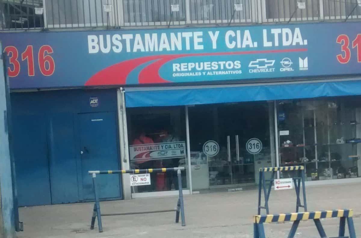 Bustamante Y Cia Ltda En Av 10 De Julio Huamachuco Nº 316