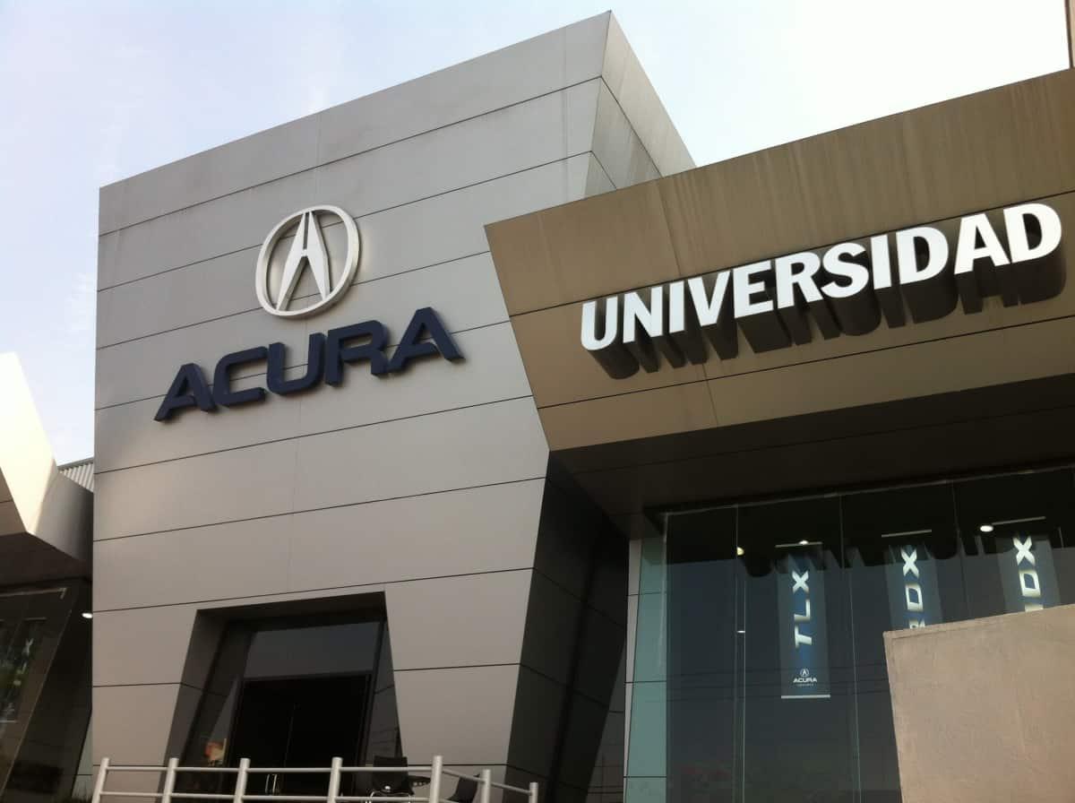 Acura Universidad | Concesionarios de Autos / Motos | Plaza ... on