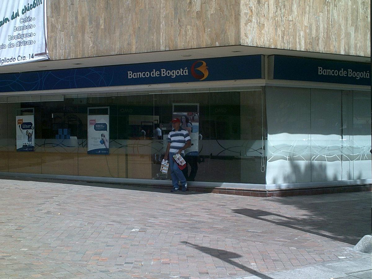 Banco de bogot centro 93 bancos centro 93 chapinero for Banco de bogota