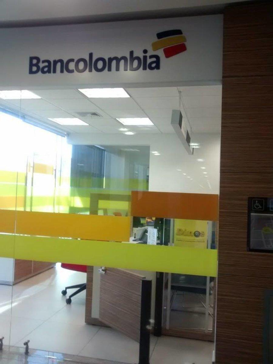 Bancolombia centro de pagos avenida chile bancos for Oficinas bancolombia cali