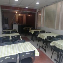 Restaurante juana Food - cra 19b# 164-40