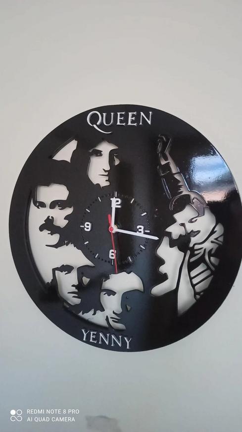 Reloj de la banda Queen