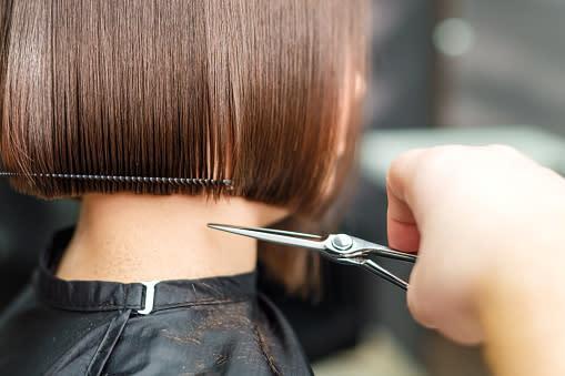 Promoción corte de cabello para dama