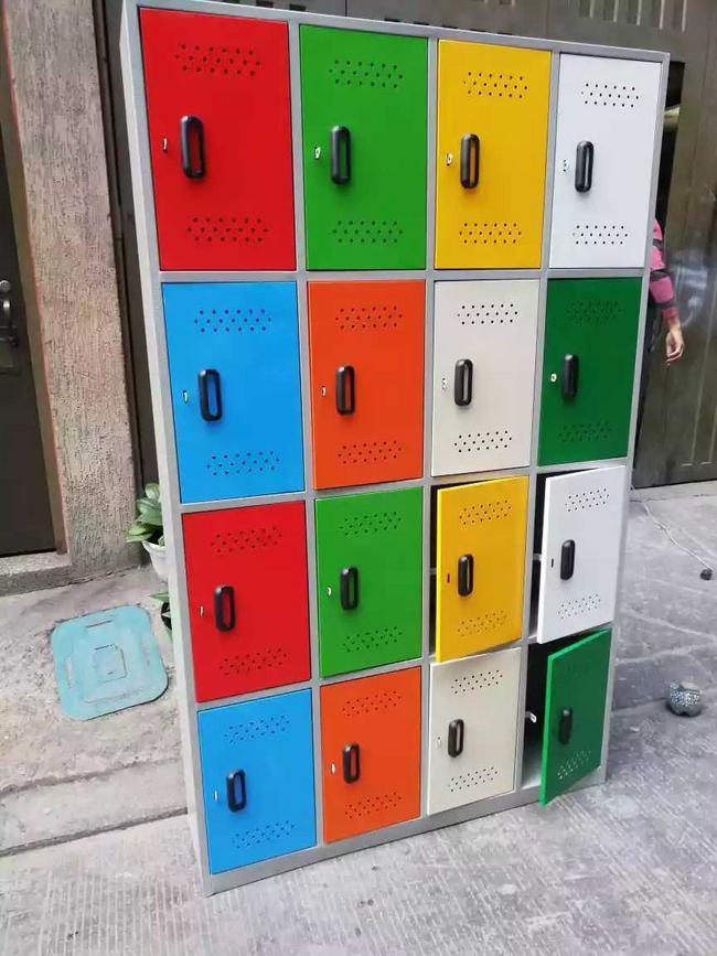Lockers diseño colores variados