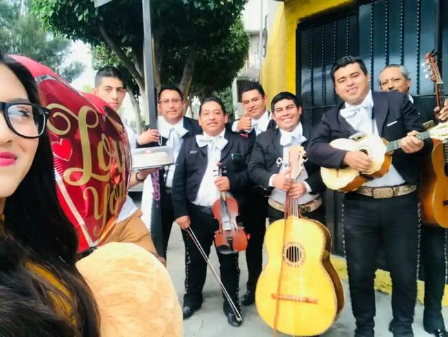 Servicio de mariachi para serenatas