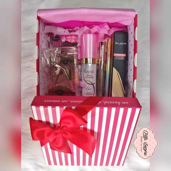 Caja sorpresa de maquillaje