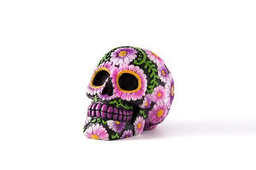 Artesanía decorativa: Cráneo de barro $25 MXN.