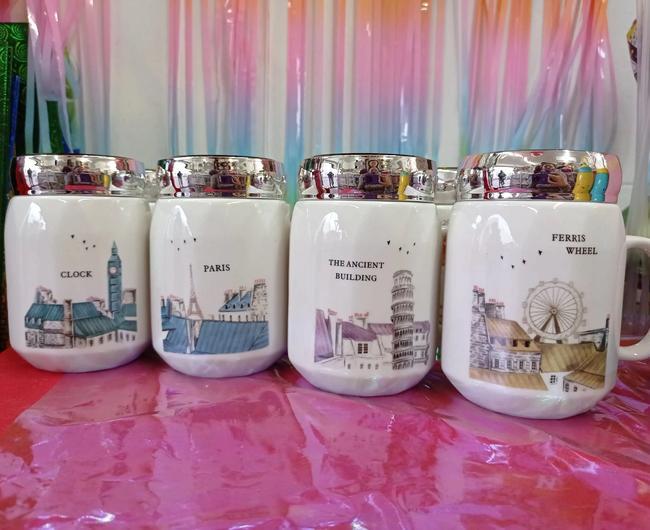 Vasos en cerámica con tapa