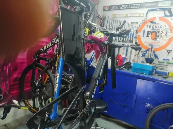 Mantenimiento de todo tipo de bicicletas cletas