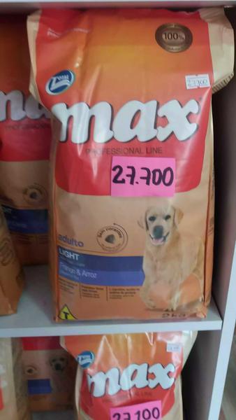 Comida para perro max light
