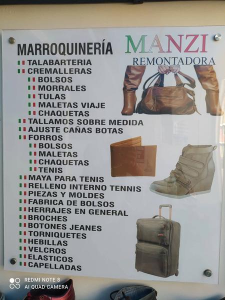 Arreglo de bolsos, botas, morrales, maletas de viaje o cinturones