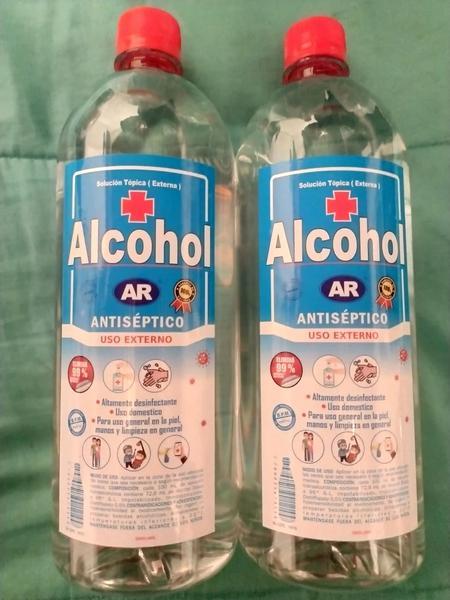 Alcohol antiséptico, gel anti bacterial y jabón líquido anti bacterial
