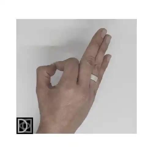 Argolla confort 8mm punto diamante